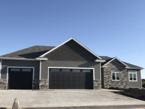 78 EDGEWOOD CT, GRAND FORKS, ND 58201