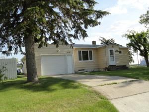 218 JAMES ST W, MICHIGAN, ND 58259