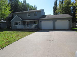615 21ST ST NW, EAST GRAND FORKS, MN 56721