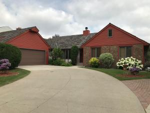 3814 FAIRVIEW DR, GRAND FORKS, ND 58201