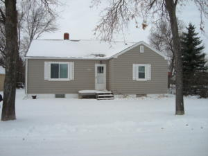926 3RD AVE, CANDO, ND 58324