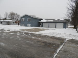 524 13TH ST NW, DEVILS LAKE, ND 58301