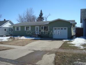1014 4TH ST NE, DEVILS LAKE, ND 58301