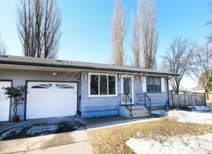 1902 23RD AVE S, GRAND FORKS, ND 58201