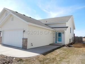 4726 CURRAN Court, GRAND FORKS, ND 58201