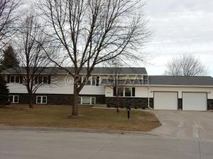 2102 9TH Avenue NW, EAST GRAND FORKS, MN 56721