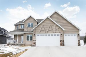 5502 CHARLIE RAY DRIVE, GRAND FORKS, ND 58201