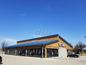 2830 S COLUMBIA Road, GRAND FORKS, ND 58201