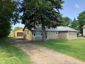 820 JAHR Avenue, PORTLAND, ND 58274