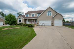 3418 ODYSSEY Circle S, GRAND FORKS, ND 58201