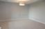 5960 E PRAIRIEWOOD DR, GRAND FORKS, ND 58201