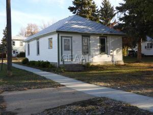 702 1ST Street NE, DEVILS LAKE, ND 58301