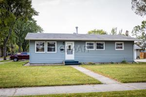 1003 19TH Avenue S, GRAND FORKS, ND 58201