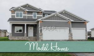 275 EMERALD LN, GRAND FORKS, ND 58201