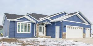 3114 44TH AVENUE S, GRAND FORKS, ND 58201