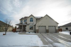 2247 43RD Avenue S, GRAND FORKS, ND 58201