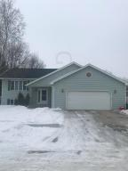 2434 GLEN Circle, GRAND FORKS, ND 58201