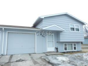 629 41ST Avenue S, GRAND FORKS, ND 58201