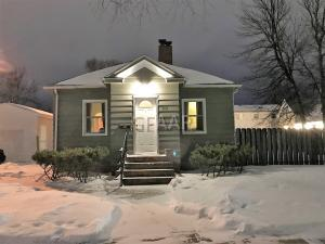 610 4TH Avenue S, GRAND FORKS, ND 58201