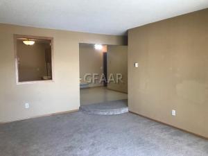 815 DUKE Drive, 217, GRAND FORKS, ND 58201