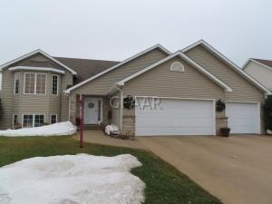 2249 44TH AVE S, GRAND FORKS, ND 58201