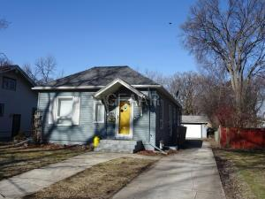 916 BELMONT Road, GRAND FORKS, ND 58201