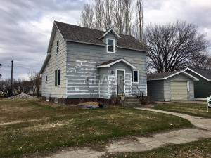 216 WASHINGTON AVE NW, FERTILE, MN 56540