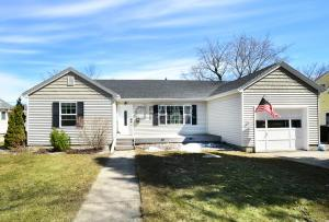 1513 OAK ST, GRAND FORKS, ND 58201