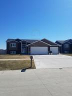 1019 LINDSEY Lane, GRAND FORKS, ND 58201