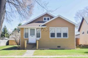 1101 CHERRY STREET, GRAND FORKS, ND 58201