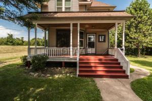 189 BESSIE Street, CROOKSTON, MN 56716