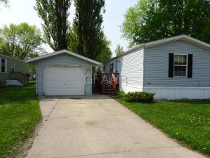 2507 GLENWOOD DRIVE, GRAND FORKS, ND 58201