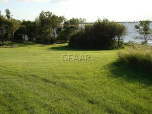 4033&4035 EAST LAKE ROAD, DEVILS LAKE, ND 58327