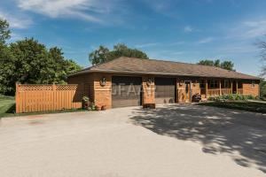 425 JEFFERSON AVENUE, CROOKSTON, MN 56716