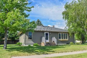 211 5TH AVE, NORTHWOOD, ND 58267