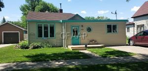 718 CHERRY Street, GRAND FORKS, ND 58201