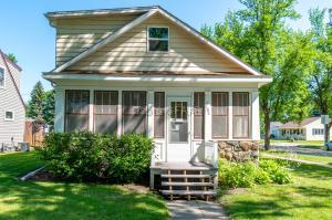 2102 4TH Avenue N, GRAND FORKS, ND 58203