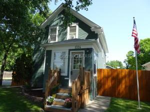 1324 6TH Avenue N, GRAND FORKS, ND 58203