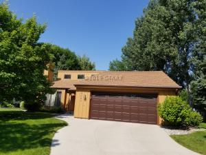 3900 FAIRVIEW Drive, GRAND FORKS, ND 58201