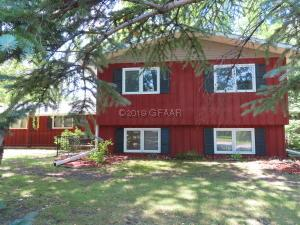 721 8TH Street SE, EAST GRAND FORKS, MN 56721