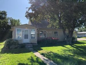 101 CENTRAL Avenue, FINLEY, ND 58230
