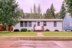 1022 14TH Avenue S, GRAND FORKS, ND 58201