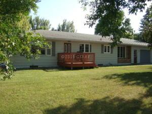 520 10TH Street, CANDO, ND 58324