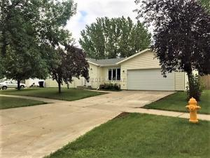 5197 W MAPLE Avenue, GRAND FORKS, ND 58203