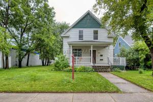 1315 UNIVERSITY Avenue, GRAND FORKS, ND 58203