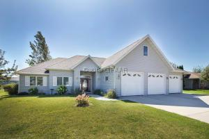 1322 14TH Street SE, EAST GRAND FORKS, MN 56721