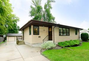 419 23RD AVE S, GRAND FORKS, ND 58201