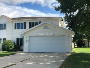 2497 S 40TH Street, GRAND FORKS, ND 58201