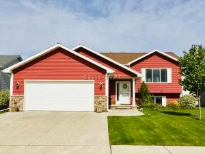 2266 42ND Avenue S, GRAND FORKS, ND 58201
