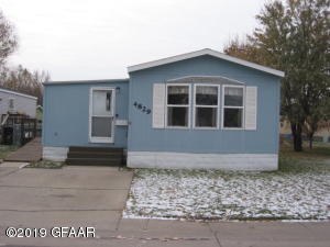 4829 IRON GATE Court, GRAND FORKS, ND 58301